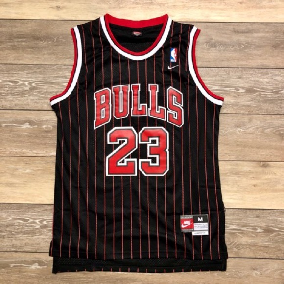 de9cbd5c7 Michael Jordan Retro Chicago Bulls Nike Jersey